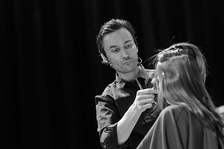 Bewirb Dich Jetzt Mods Hair Ihr Friseur In Stuttgart
